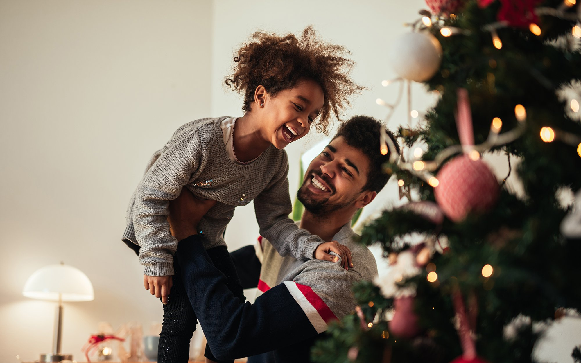Top 12 Holiday Decorating Safety Tips | One Medical